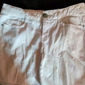 Lei White Cut Off Style Jean Shorts Size 11